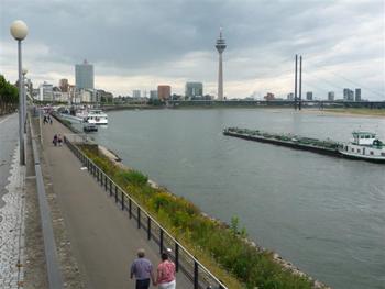 Rheinblick von der Altstadt